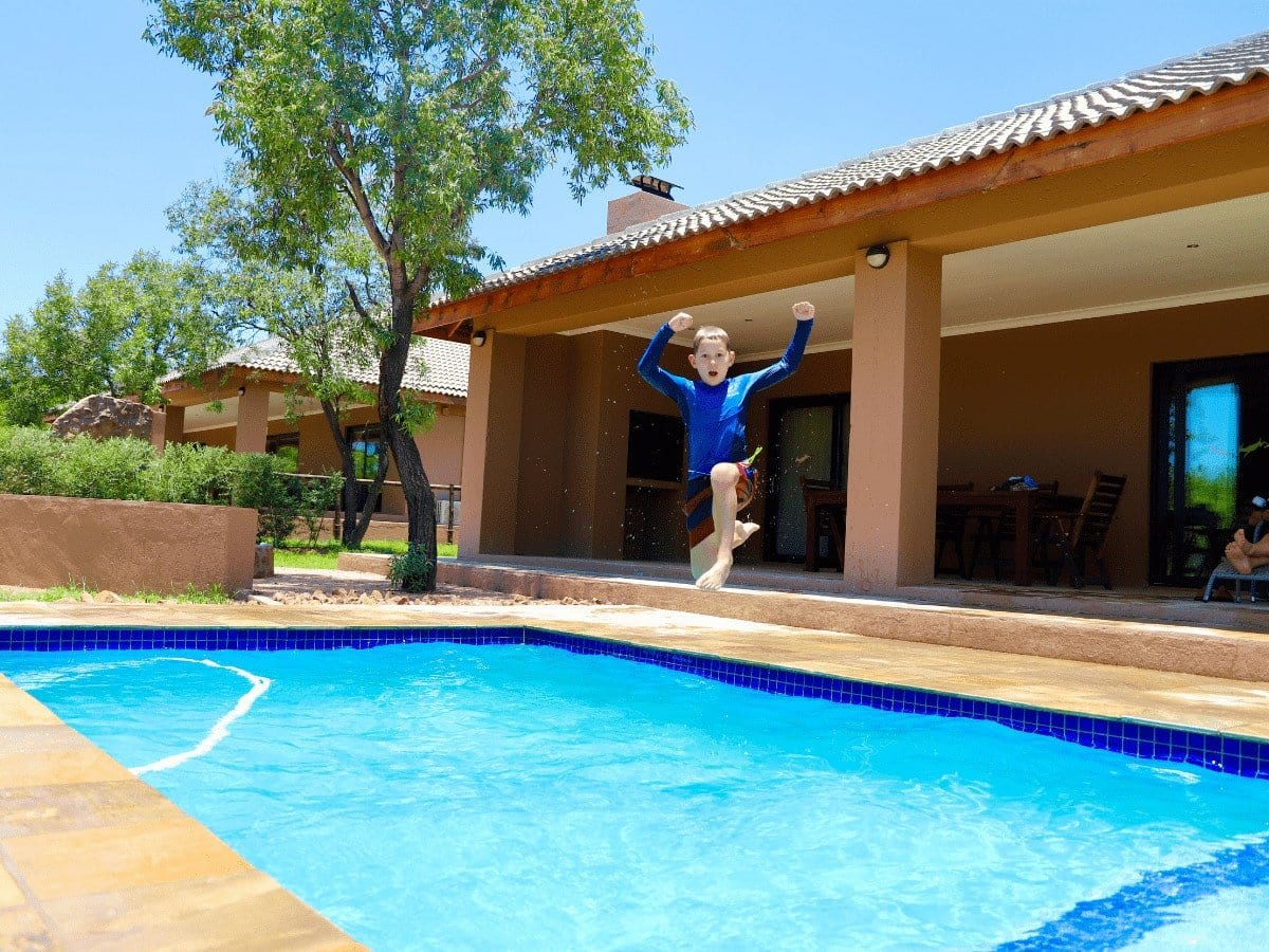 5 star Dinokeng Accommodation Suites, swimming pool