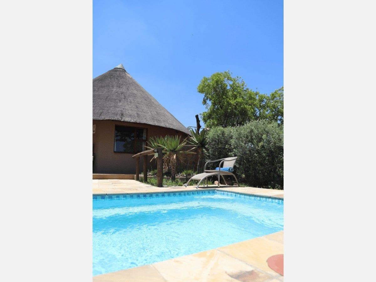 Dinokeng Accommodation Villas, GI - Outside, pool